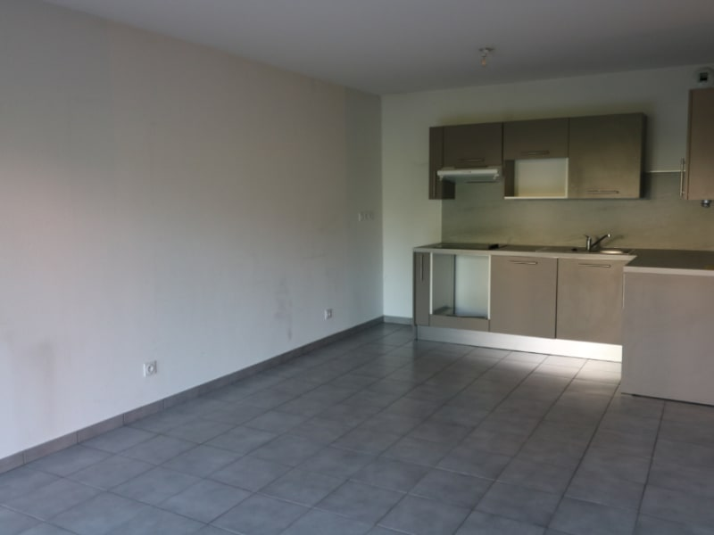 Rental apartment Bonneville 755€ CC - Picture 2