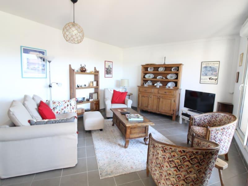 Vendita appartamento Hyeres 388500€ - Fotografia 1