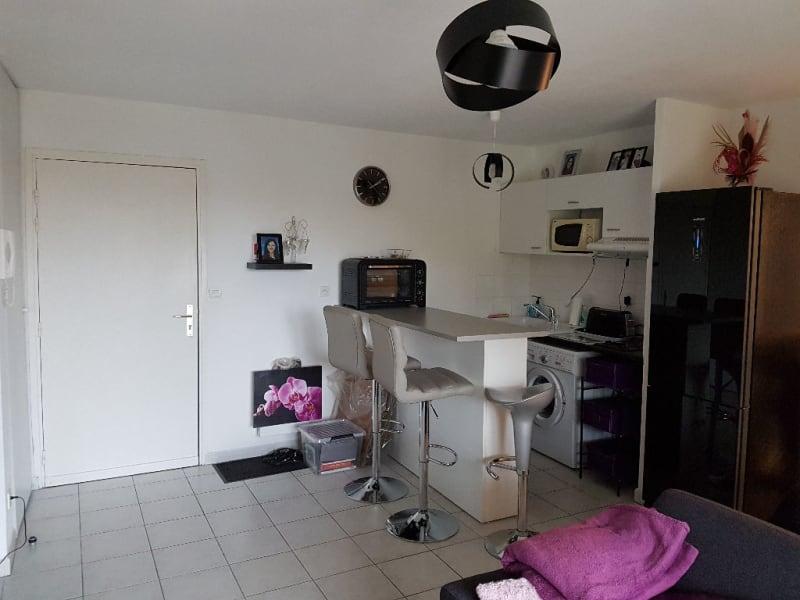 Rental apartment Caudry 375€ CC - Picture 2