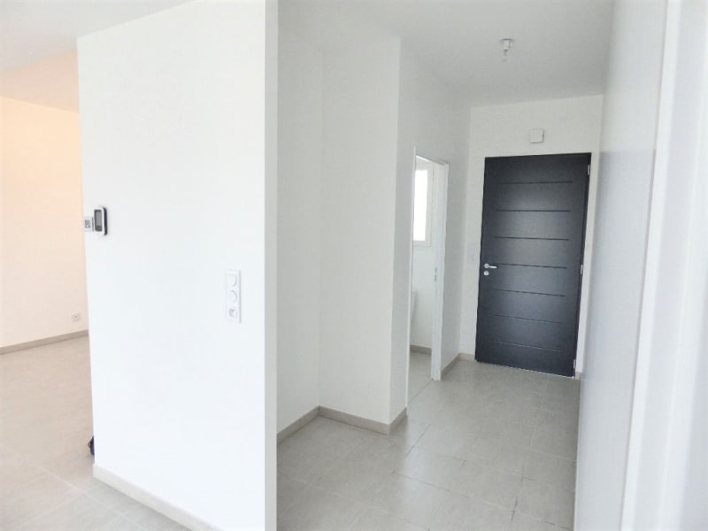 Location maison / villa Izon 1 097€ CC - Photo 7