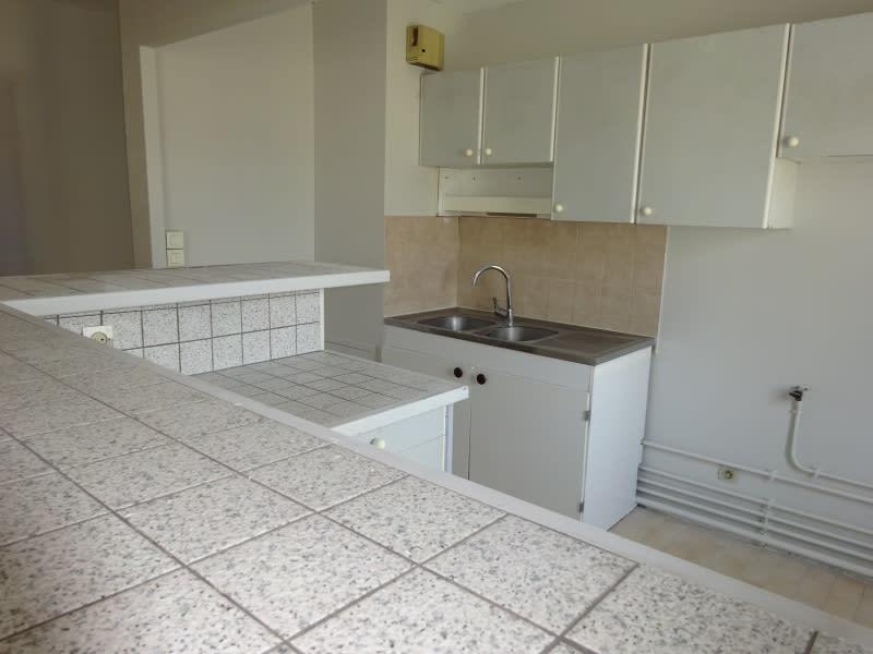 Alquiler  apartamento Oullins 730€ CC - Fotografía 3
