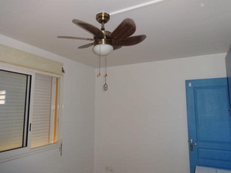 Location appartement Le tampon 371€ CC - Photo 4