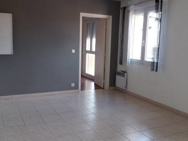 Rental apartment Arpajon 650€ CC - Picture 1