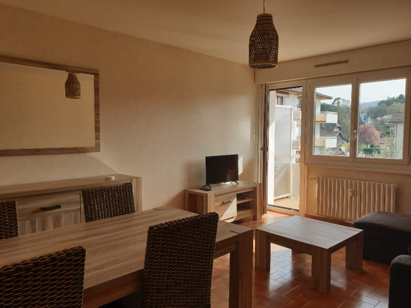 Rental apartment Reignier esery 830€ CC - Picture 1