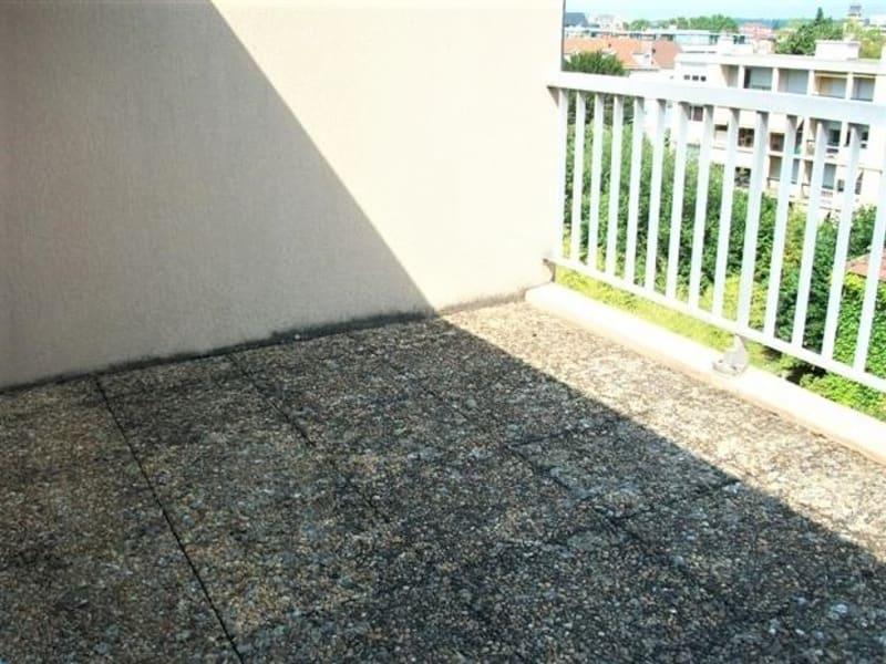 Location appartement Villefranche sur saone 760€ CC - Photo 3