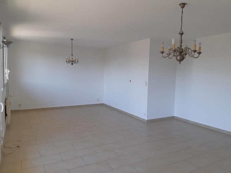 Location appartement Villefranche sur saone 800€ CC - Photo 2