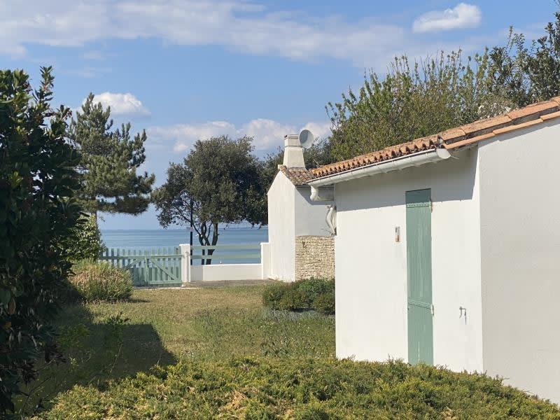 Sale house / villa La flotte 1050000€ - Picture 2