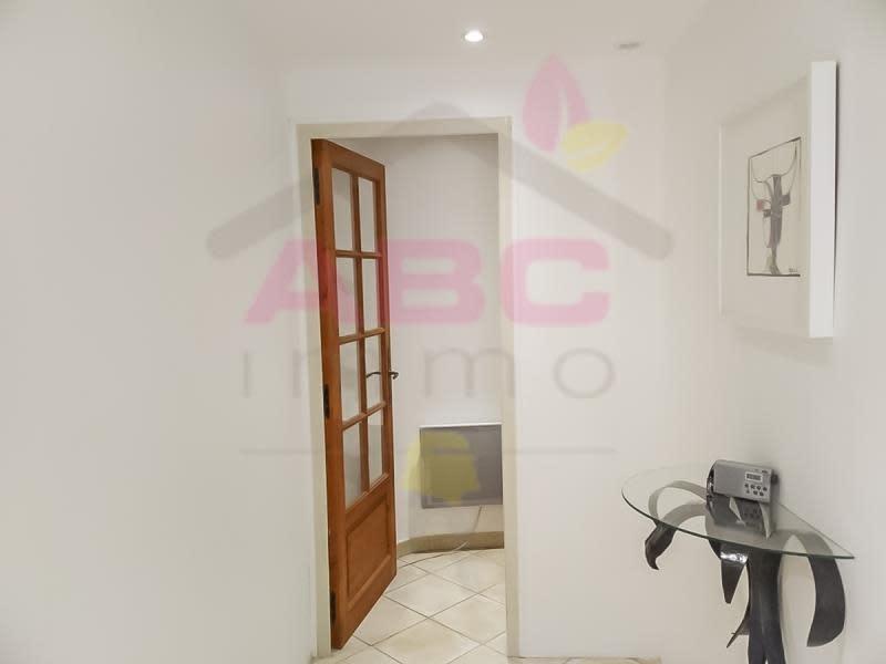Sale house / villa Puyloubier 273000€ - Picture 7
