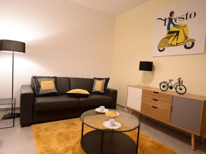 Rental apartment Lyon 6ème 1489€ CC - Picture 2