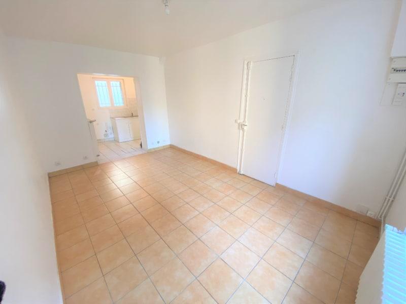 Rental apartment Saint leu la foret 470€ CC - Picture 2