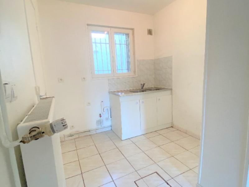 Rental apartment Saint leu la foret 470€ CC - Picture 6