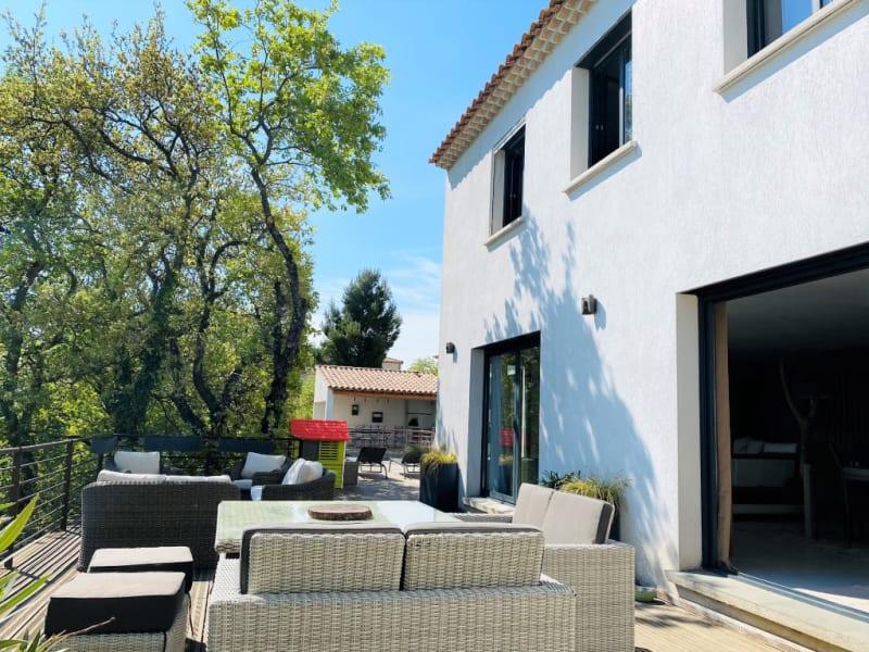Vente maison / villa Rochefort du gard 710000€ - Photo 2