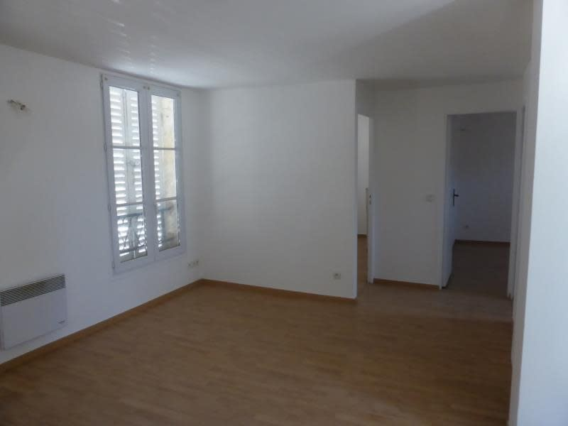 Sale apartment Crepy en valois 98 000€ - Picture 2