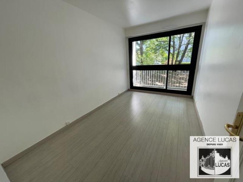 Location appartement Verrieres le buisson 1125€ CC - Photo 5