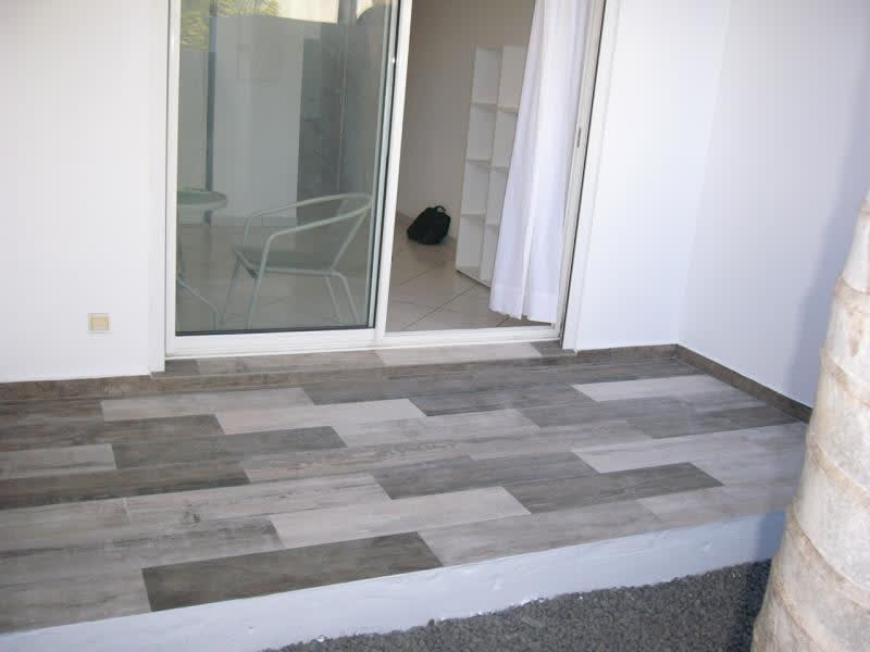 Location appartement St denis 483€ CC - Photo 4