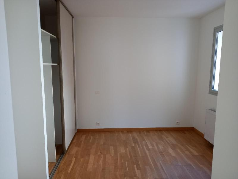 Location appartement Villefranche 851,50€ CC - Photo 7