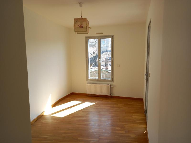 Location appartement Villefranche 851,50€ CC - Photo 8