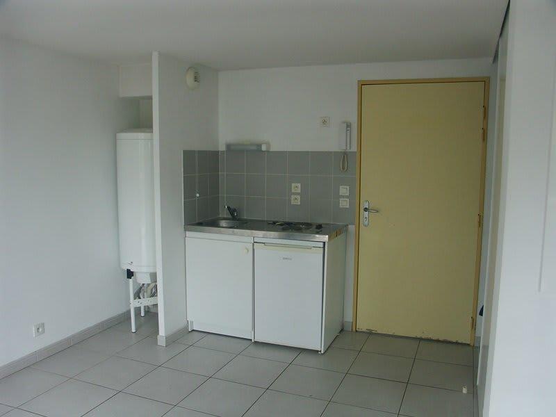 Rental apartment Tarbes 383€ CC - Picture 1