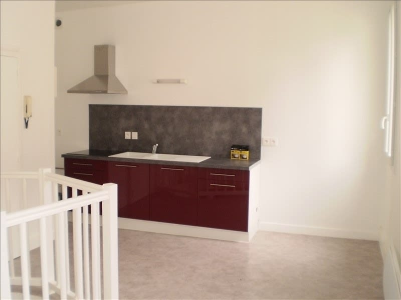 Rental apartment Auch 384€ CC - Picture 1