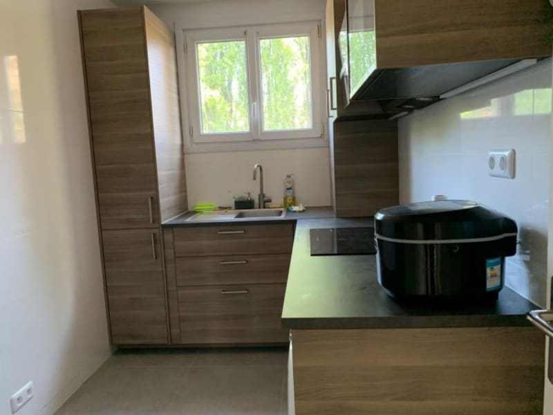 Location appartement Le plessis-robinson 1 250€ CC - Photo 2