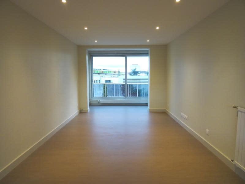 Rental apartment Roanne 800€ CC - Picture 3