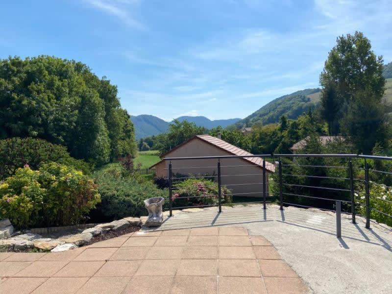 Rental house / villa Bilieu 1138€ CC - Picture 2