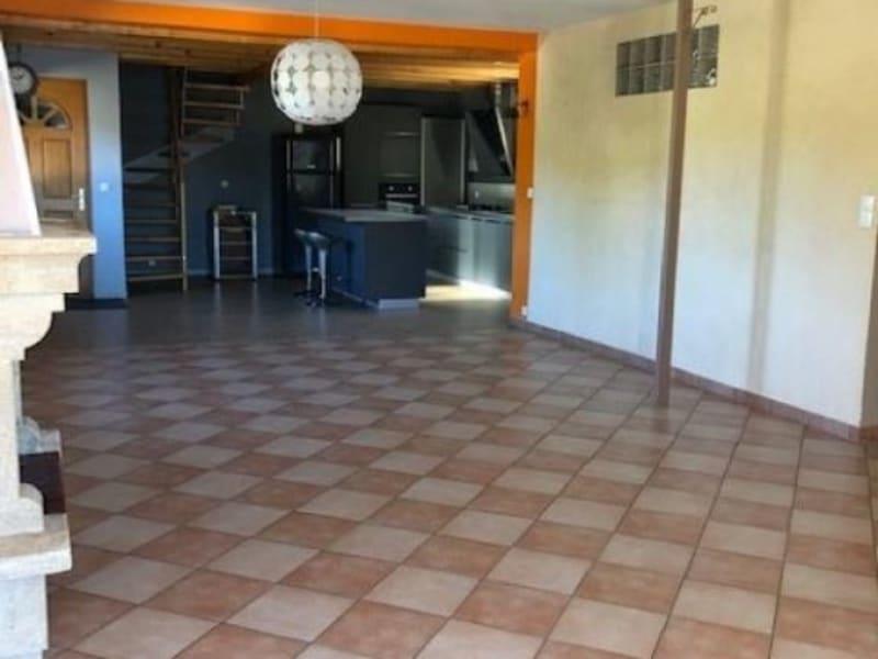 Rental house / villa Bilieu 1138€ CC - Picture 4