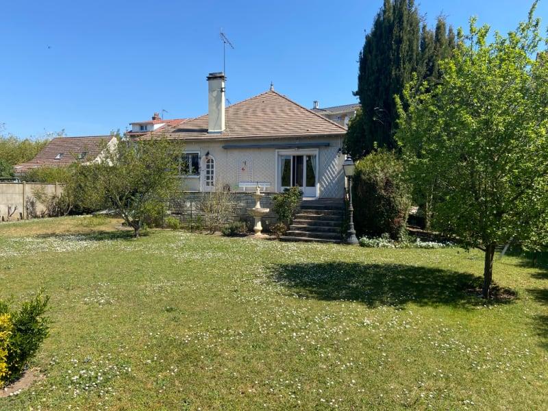 Sale house / villa Mantes la ville 399000€ - Picture 2