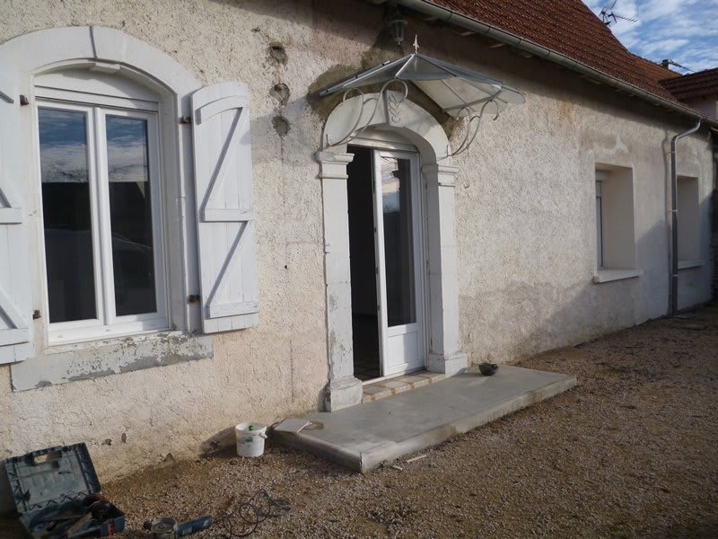 Rental house / villa Horgues 762€ CC - Picture 1