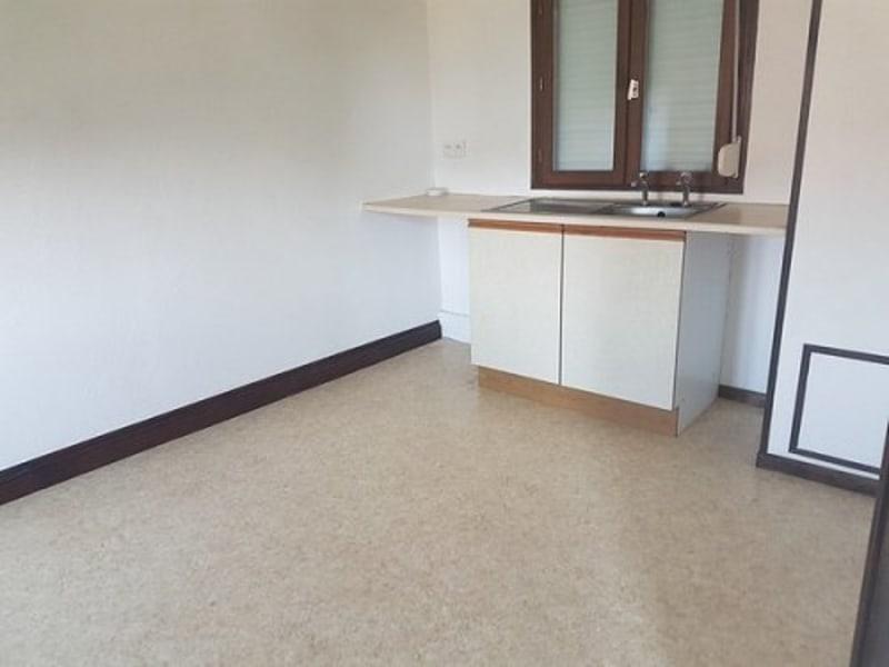 Sale house / villa Aumale 102000€ - Picture 2