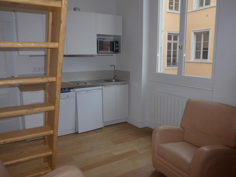 Location appartement Lyon 2ème 765€ CC - Photo 9