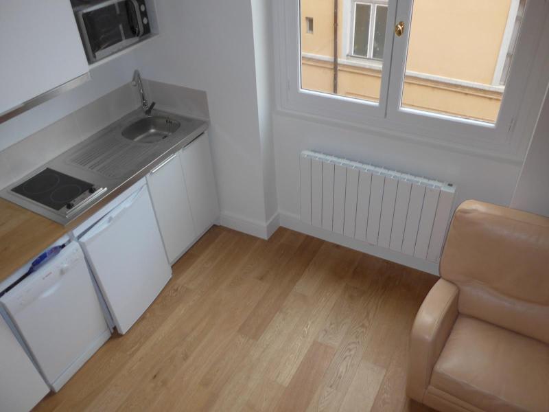 Location appartement Lyon 2ème 765€ CC - Photo 10