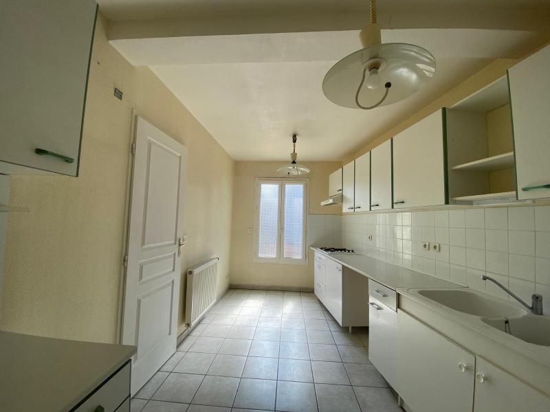 Location maison / villa Villefranche sur saone 874€ CC - Photo 5