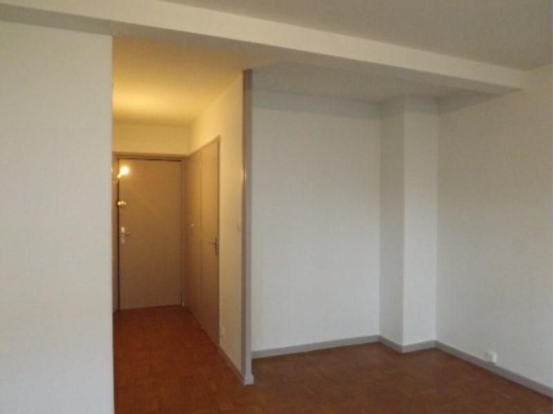 Location appartement Villefranche sur saone 368€ CC - Photo 3