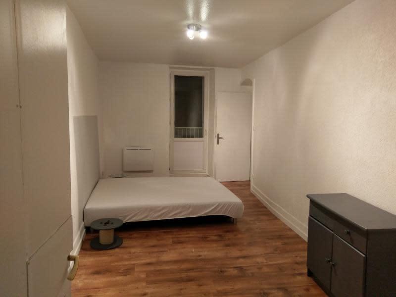 Rental apartment Montreal la cluse 330€ CC - Picture 3