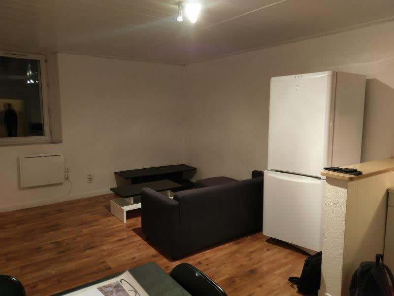 Rental apartment Montreal la cluse 330€ CC - Picture 6