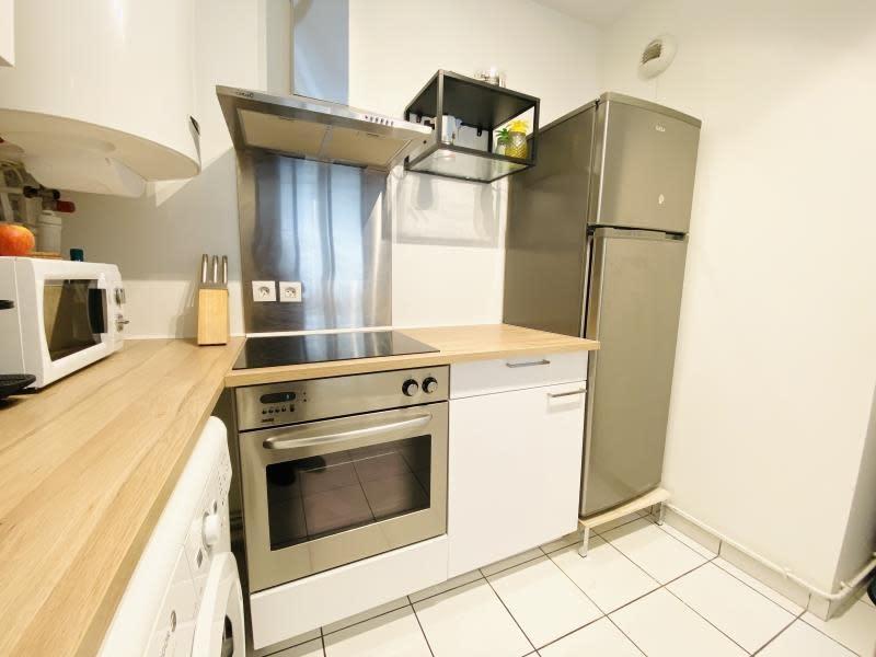 Location appartement Asnieres sur seine 1150€ CC - Photo 8
