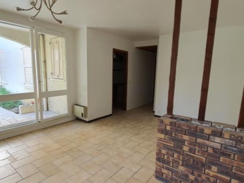 Location appartement Athis mons 1012€ CC - Photo 1