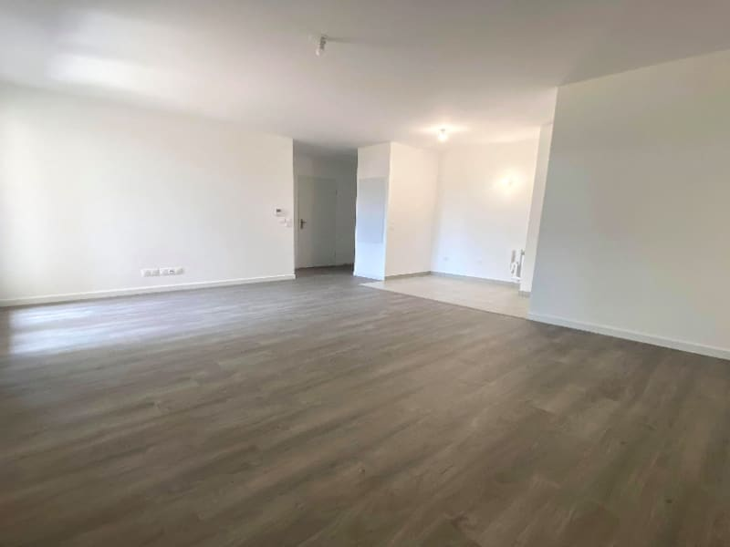 Location appartement Plaisir 765€ CC - Photo 2