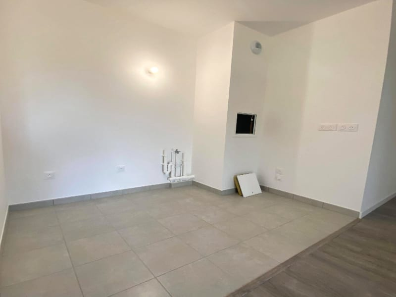 Location appartement Plaisir 765€ CC - Photo 3