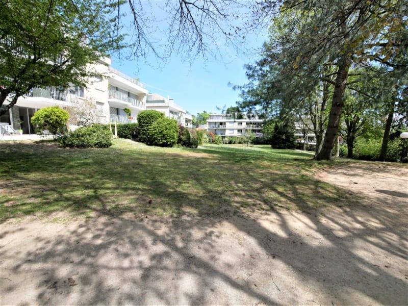 Rental apartment Garches 480€ CC - Picture 1