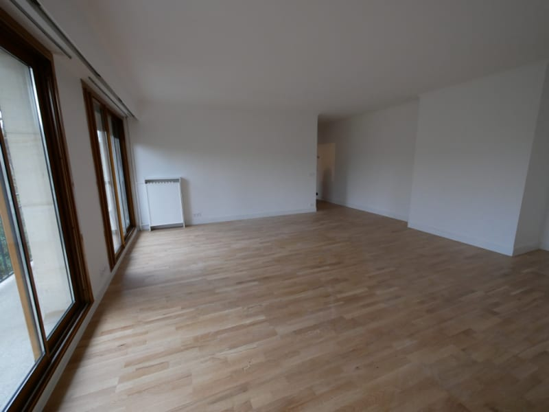 Rental apartment Vaucresson 1 167€ CC - Picture 2