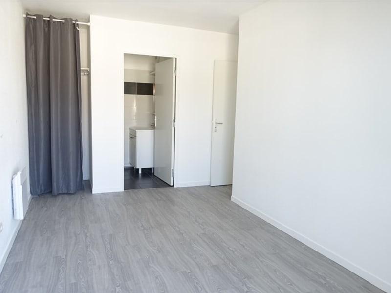 Rental apartment Chanteloup les vignes 911€ CC - Picture 7