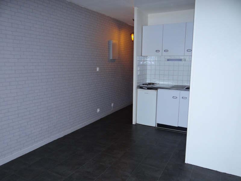 Rental apartment Bordeaux 383,01€ CC - Picture 1
