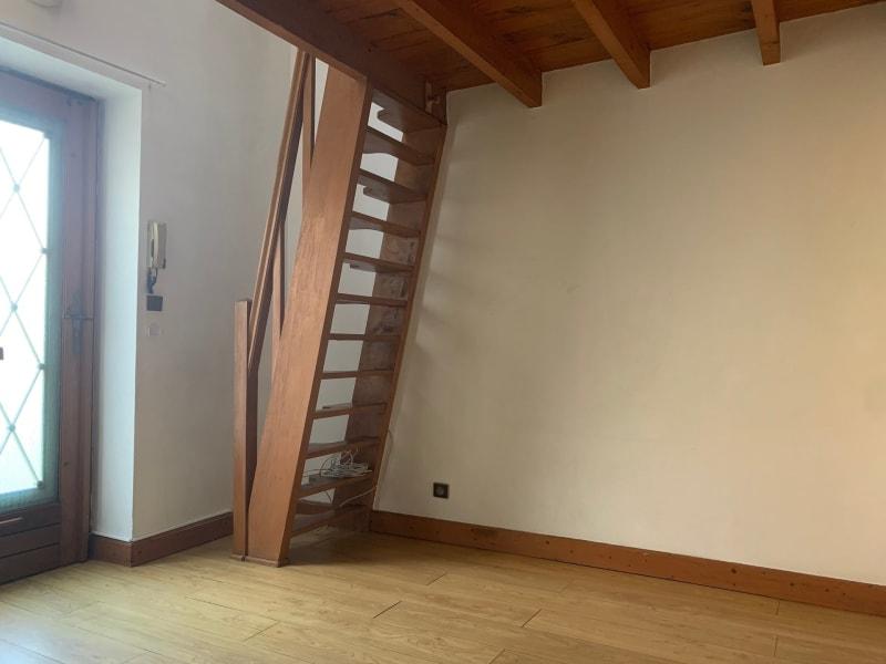 Rental apartment La ville-du-bois 409€ CC - Picture 2