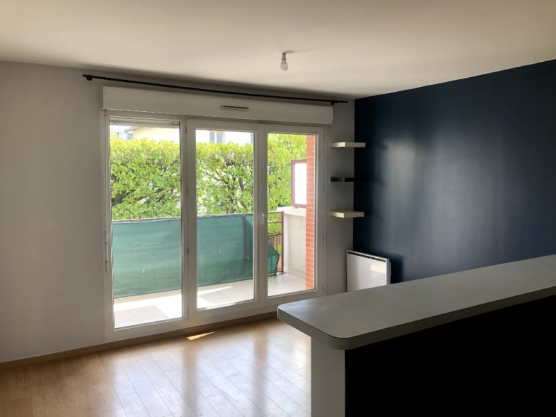 Location appartement Vigneux sur seine 719,87€ CC - Photo 1