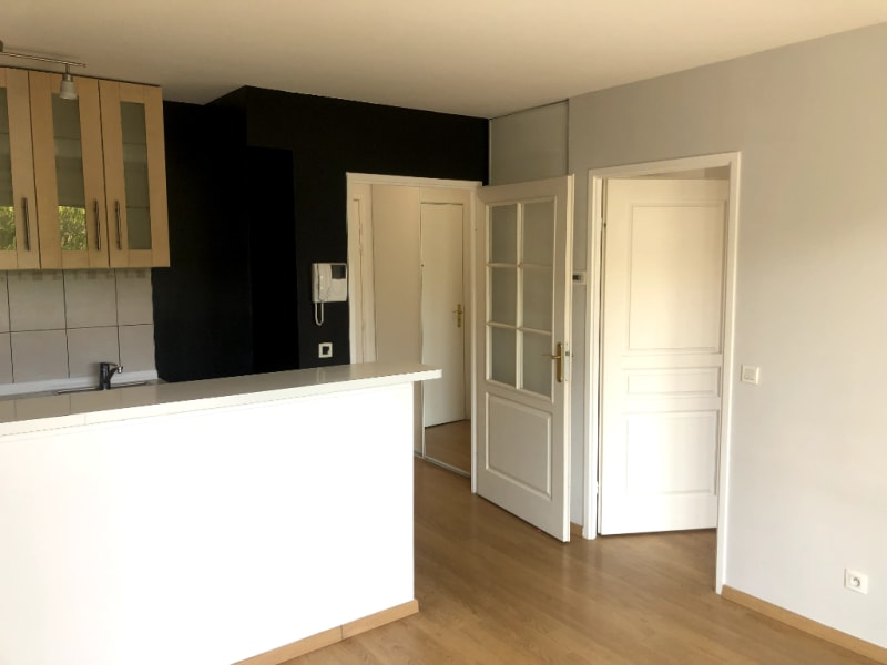 Location appartement Vigneux sur seine 719,87€ CC - Photo 2