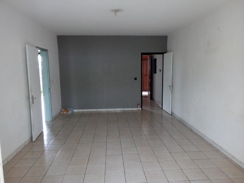 Location appartement Le tampon 531€ CC - Photo 2