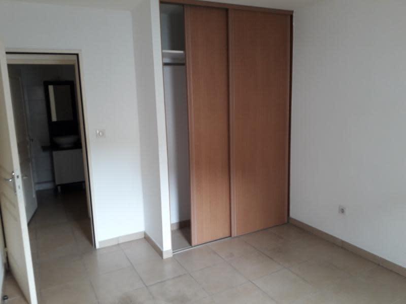 Location appartement St pierre 830€ CC - Photo 5
