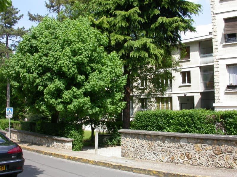 Rental apartment Villennes sur seine 1128€ CC - Picture 1